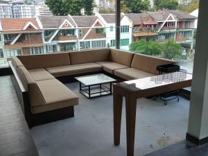 La Maison 100, Дома для отпуска  Куала-Лумпур - big - 2