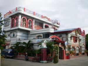 Asayas Pensione Plaza