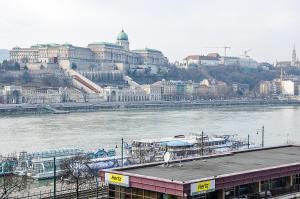 Danube Pest-side Apartment, Apartmanok  Budapest - big - 12