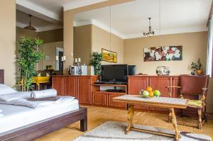 Danube Pest-side Apartment, Apartmanok  Budapest - big - 7