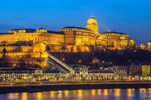 Danube Pest-side Apartment, Apartmanok  Budapest - big - 38