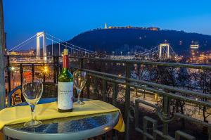 Danube Pest-side Apartment, Apartmanok  Budapest - big - 34