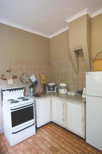 Skarbek Guesthouse, Penzióny  Machadodorp - big - 16