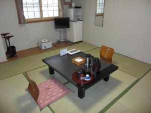 中村屋旅館 (Nakamuraya Ryokan)