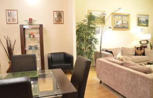Classic Flat at Basilica, Apartments  Budapest - big - 3