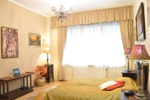 Classic Flat at Basilica, Apartments  Budapest - big - 10