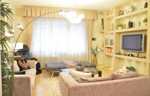 Classic Flat at Basilica, Apartments  Budapest - big - 12