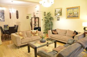 Classic Flat at Basilica, Apartments  Budapest - big - 14
