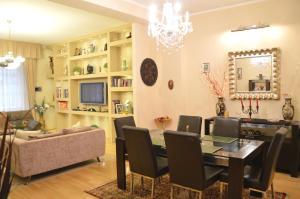 Classic Flat at Basilica, Apartments  Budapest - big - 15