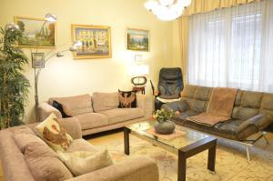 Classic Flat at Basilica, Apartments  Budapest - big - 31