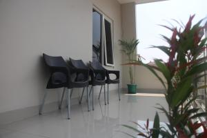 Baltis Inn, Guest houses  Semarang - big - 15
