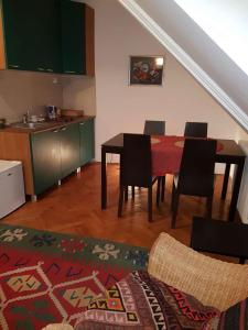 Apartments Andjela, Апартаменты  Нови-Сад - big - 3