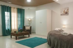 West Side Guesthouse, Hostely  Peniche - big - 52