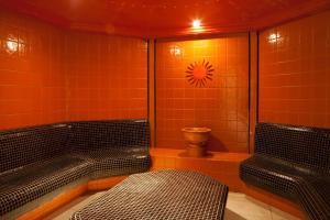 Lotus Therme Hotel & Spa, Resort  Hévíz - big - 44