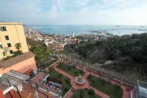 Suite Aphrodite - Exclusive Flat, Appartamenti  Salerno - big - 30