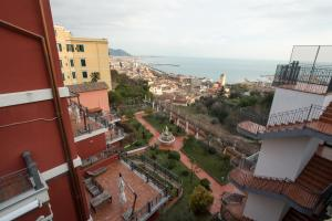 Suite Aphrodite - Exclusive Flat, Appartamenti  Salerno - big - 33