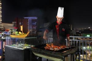 Swiss-Belinn Panakkukang, Hotel  Makassar - big - 40