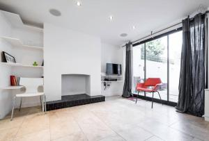 2 Bed Apartment Saint Peter's Street