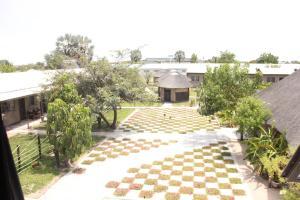 Etuna Guesthouse Court, Penzióny  Ongwediva - big - 25