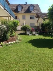 Pension Wagner, Bed and Breakfasts  Ingolstadt - big - 5