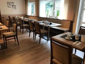 Pension Wagner, Bed and Breakfasts  Ingolstadt - big - 60