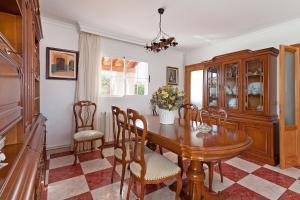 Llebeig-Palmeras, Dovolenkové domy  Urbanicacion ses palmeres - big - 2