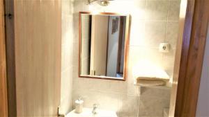 Authentic Mediterranean Apartment, Apartmány  Split - big - 18