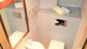 Authentic Mediterranean Apartment, Apartmány  Split - big - 22
