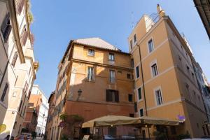 Buongiorno Colosseo, Ferienwohnungen  Rom - big - 3