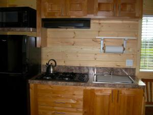 Pacific City Camping Resort Cottage 3, Комплексы для отдыха с коттеджами/бунгало  Cloverdale - big - 7