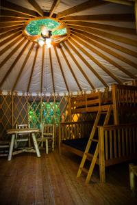Pacific City Camping Resort Yurt 10, Üdülőparkok  Cloverdale - big - 3