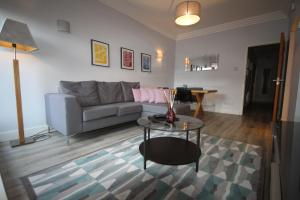 IFSC Dublin City Apartments by theKeyCollection, Апартаменты  Дублин - big - 1