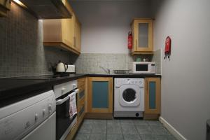 IFSC Dublin City Apartments by theKeyCollection, Апартаменты  Дублин - big - 39