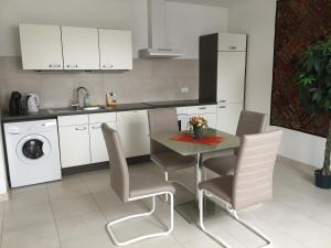 InStyle Residences
