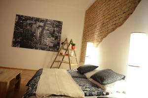 Apartment Rumunská, Apartmanok  Liberec - big - 12