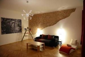 Apartment Rumunská, Apartmanok  Liberec - big - 16