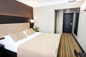 Отель Premier Hotel Rus - фото 4
