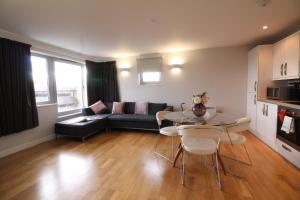 Lux Living Apartments - Marino House