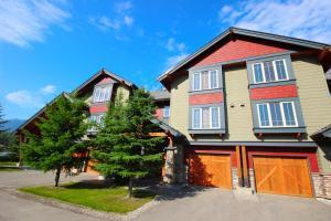 Pinnacle Ridge Chalets (by Fernie Lodging Co) - Apartment - Fernie