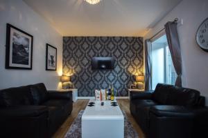 The Hansen Residence - The Galleria
