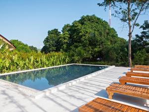 Amalouce Resort