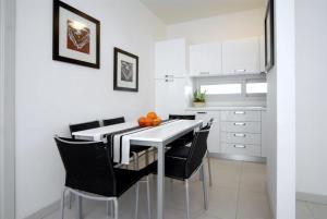 Ai Lecci, Apartments  Bibione - big - 8