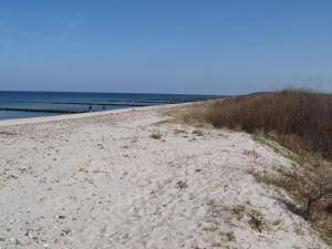 Ferienwohnung Strandläufer, Apartmanok  Börgerende-Rethwisch - big - 12