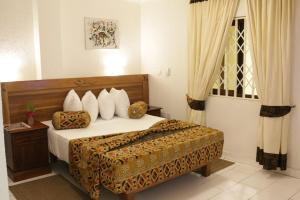 Аккра - Coconut Grove Sakumono Hotel
