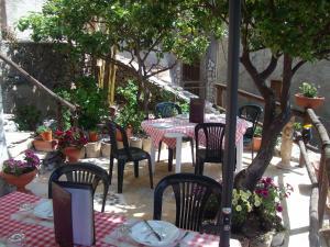 A Taverna Intru U Vicu, Bed & Breakfasts  Belmonte Calabro - big - 48