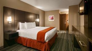 Best Western Riverside Inn, Отели  Danville - big - 32