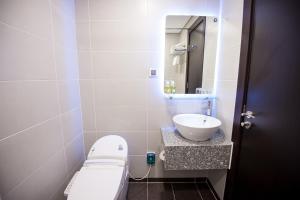 Hotel Kuretakeso Tho Nhuom 84, Hotel  Hanoi - big - 124