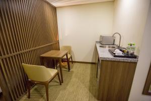 Hotel Kuretakeso Tho Nhuom 84, Hotel  Hanoi - big - 53