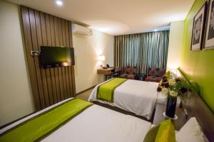 Hotel Kuretakeso Tho Nhuom 84, Hotel  Hanoi - big - 56