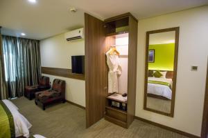 Hotel Kuretakeso Tho Nhuom 84, Hotels  Hanoi - big - 72